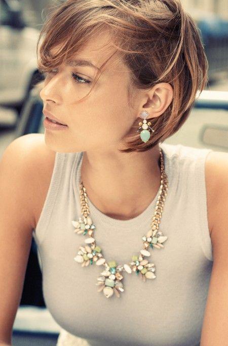 bib collar statement necklaces short hair 1